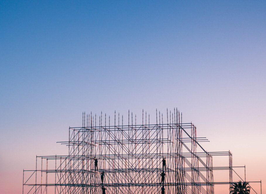 photo-of-people-on-building-under-construction-1117452 (1)