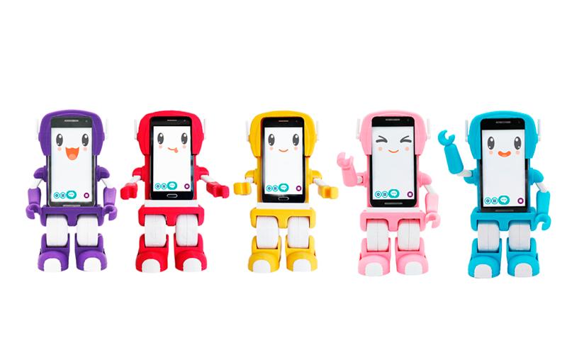 Sima es un robot social, que enseña a los niños de forma entretenida