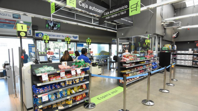 best sneakers 8eec3 e01bd Walmart opens 100% self-service supermarket in Chile the first in Latin  America and the US
